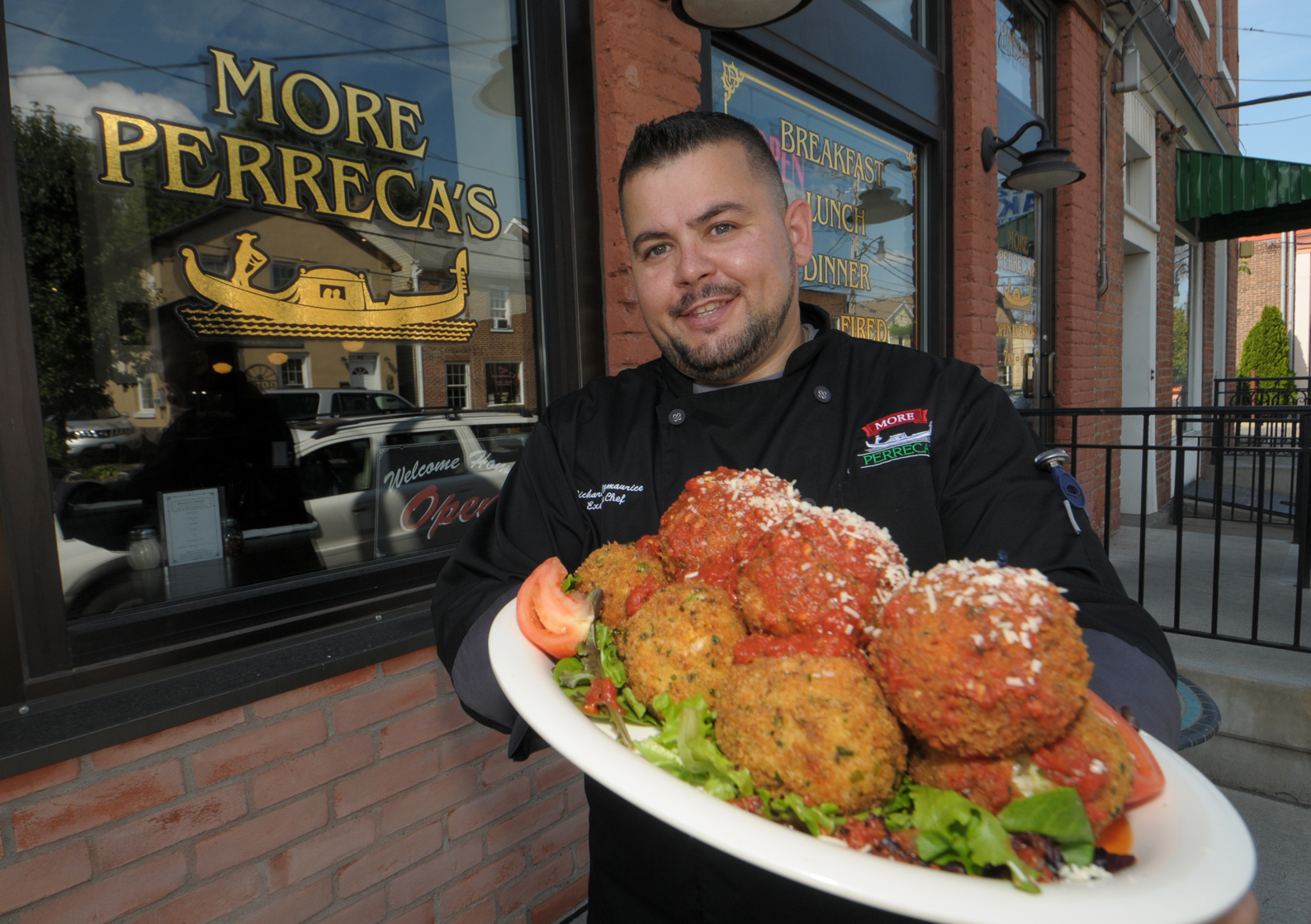 Let S Eat Food Festivals To Highlight Greek Italian Specialties The Daily Gazette