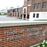 Governor signs law allowing Rotterdam ability to add third justice