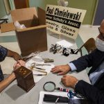Schenectady Civic Players' weekend attic treasures appraisal draws 'dribs and drabs'