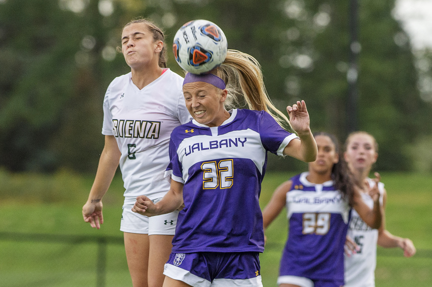 Images: UAlbany Women's Tour of Siena in Football (13 Photos)
