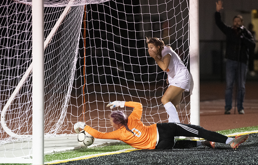 Shen girls' soccer advances to Class AA final with 1-0 win over Bethlehem