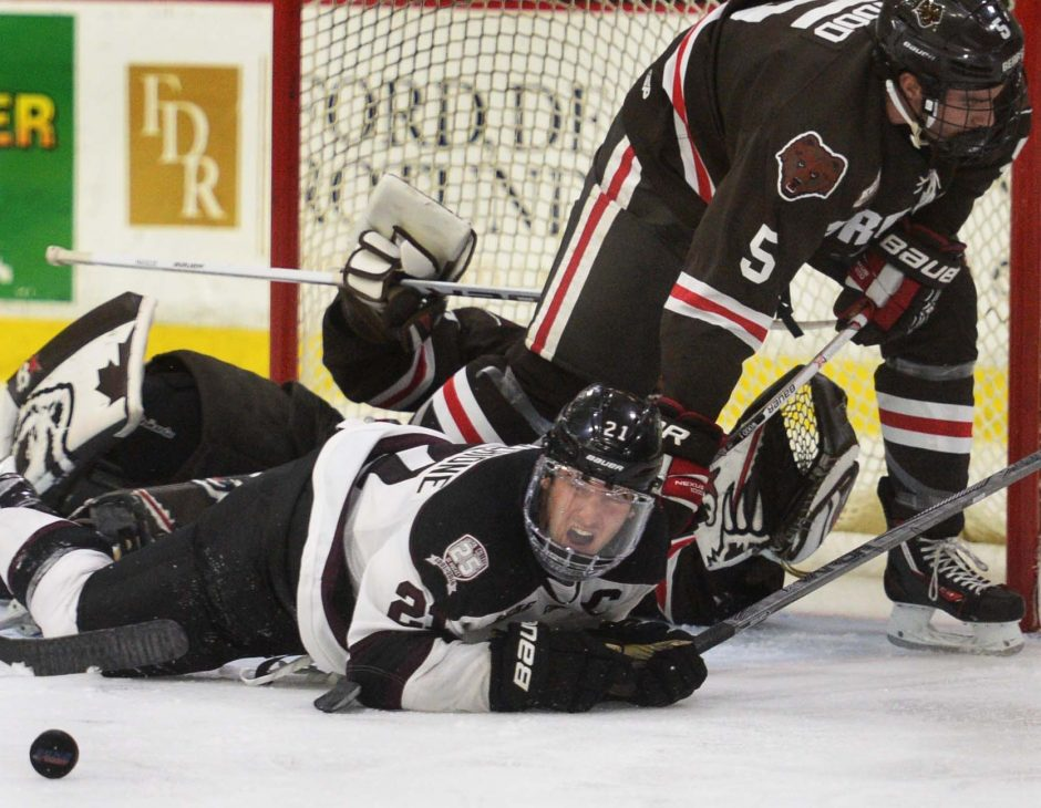 "Union captain Mike Vecchione said the Dutchmen ""need to tighten it up"" defensively."