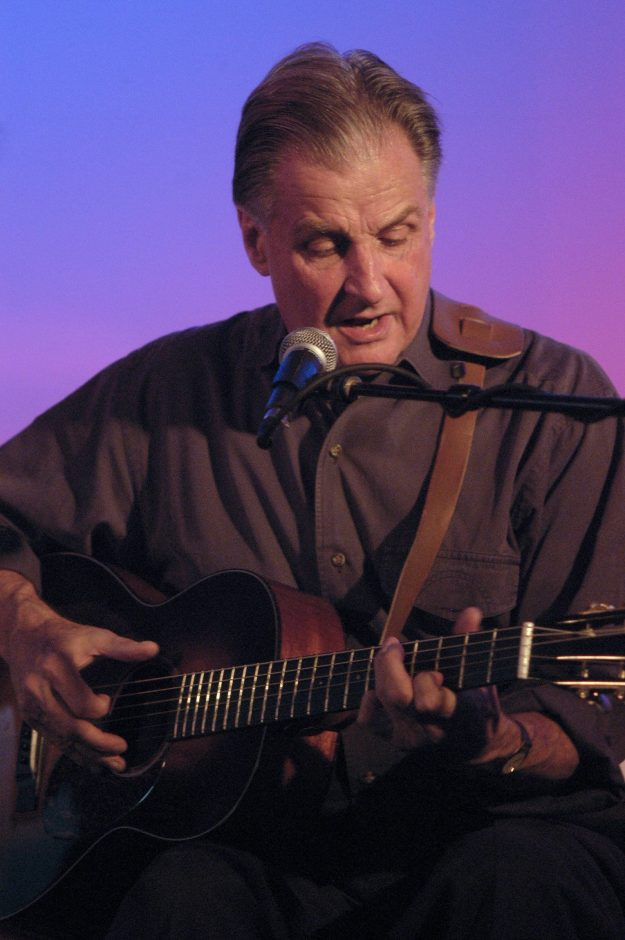 Geoff Muldaur is set to perform at Caffe Lena on Friday.