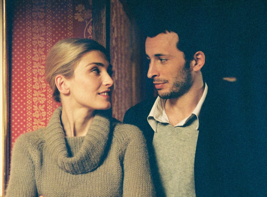 """Julie Gayet and Michael Cohen star in the French film """"Shall We Kiss?â€"""
