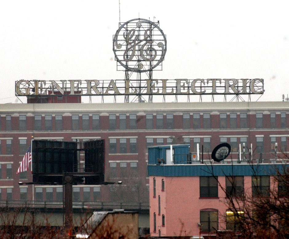 Schenectady's new ordinance will spare GE's historic rooftop sign after all.