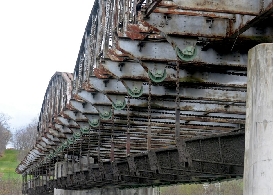 View of repairs to chains and holders for the gates at Lock 15 in Fort Plain.