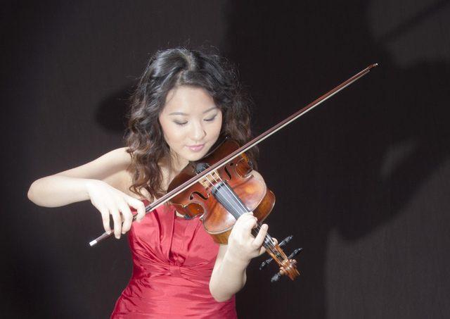 Violinist Anna Lee