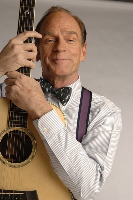 Livingston Taylor will perform with the orchestra of The College of Saint Rose in Albany on Friday.