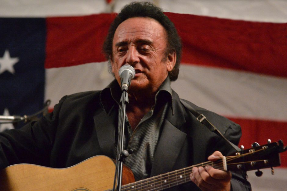 Harold Ford performs in Johnny Cash style.