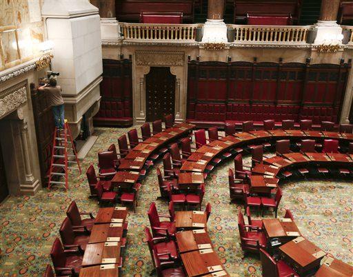 Legislature_New_York_ONe.jpg