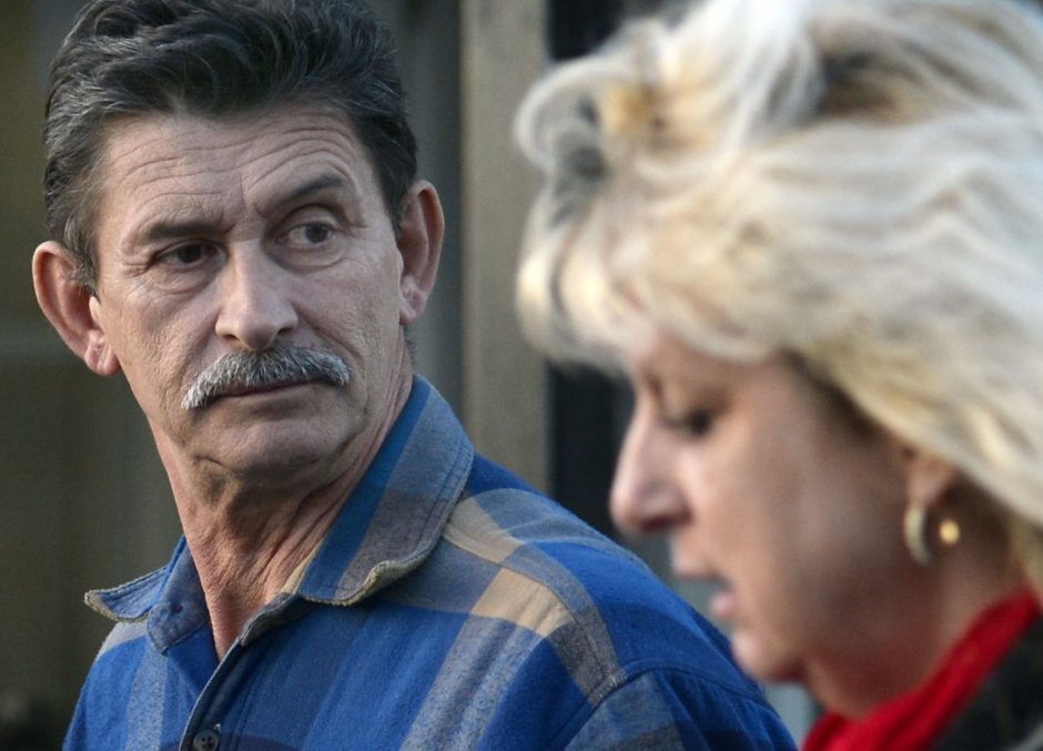 Steve Salton of Mayfield, leaves Mayfield Town Court with relatives Tuesday, November 18, 2014.