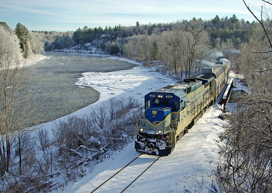 The ski train, run on weekends by the Saratoga & North Creek Railway through March 17, brings a load of skiers north along a scenic route to Gore Mountain and North Creek Ski Bowl.