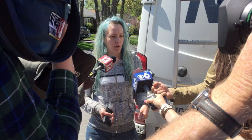 Susan Perry, girlfriend of Andrew Kearse, speaks to reporters about Kearse's death in police custody, May 12, 2017.