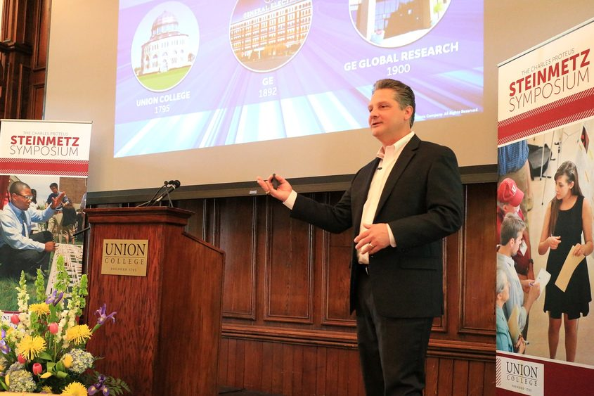 General Electric Chief Technology Officer Victor Abate speaks to an audience at Union College on Friday.