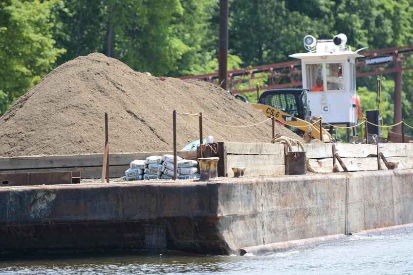 PCB dredging operations on the Hudson River in Mechanicville in June 2015.