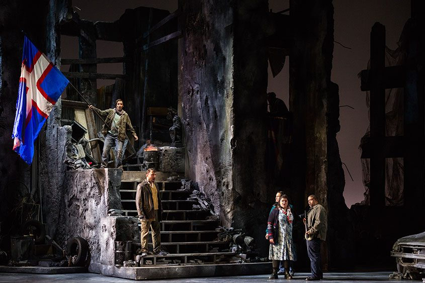 """A scene from the Glimmerglass Festival's production of the American premiere of Donizetti's """"The Siege of Calais."""""""