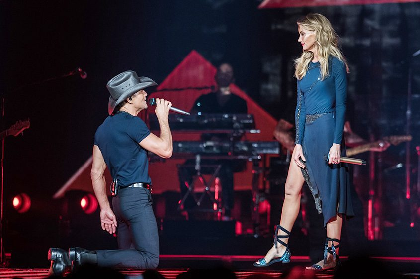 Tim McGraw and Faith Hill perform at the Times Union Center on Saturday.