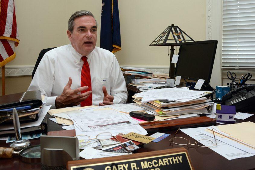 Mayor Gary McCarthy at City Hall in September 2015.