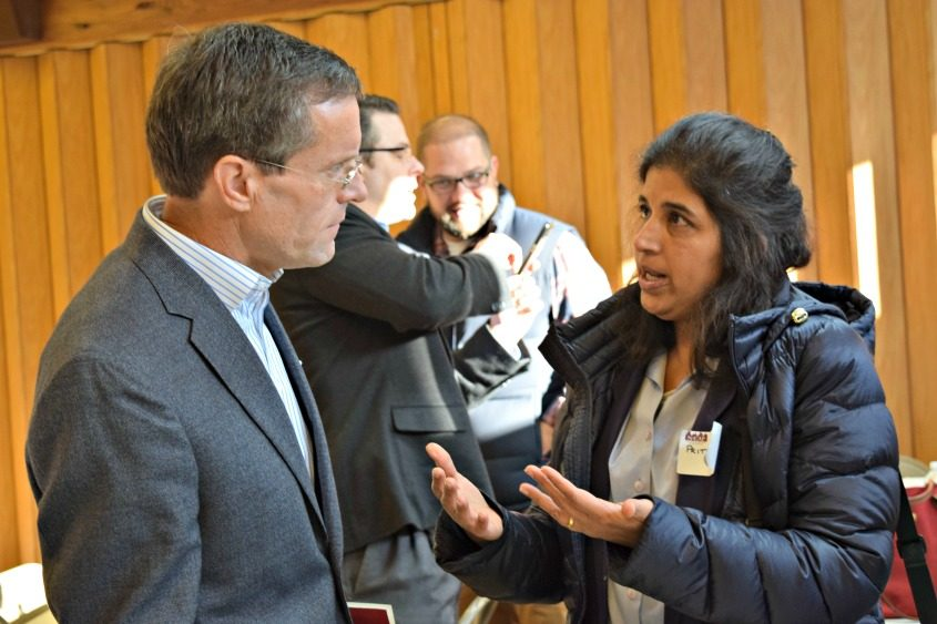 Volunteers, politicians and professionals discussed issues of underage drinking and drug use among Niskayuna students.