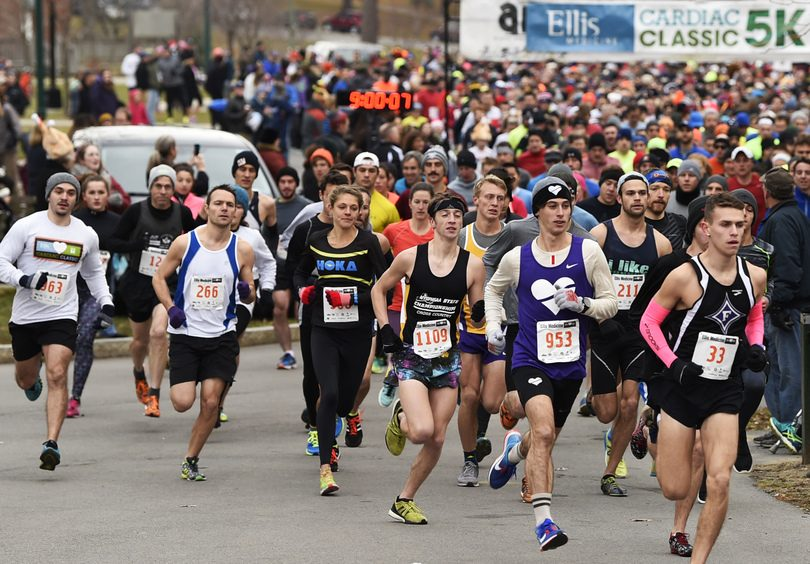 Runners leave the starting line of the Cardiac Classic in Schenectady's Central Park on Nov. 24, 2016.