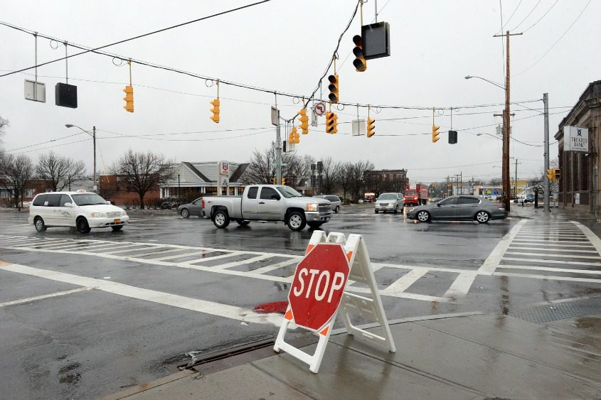 A power outage affects traffic lights Tuesday at Brandywine Avenue and State Street in Schenectady.