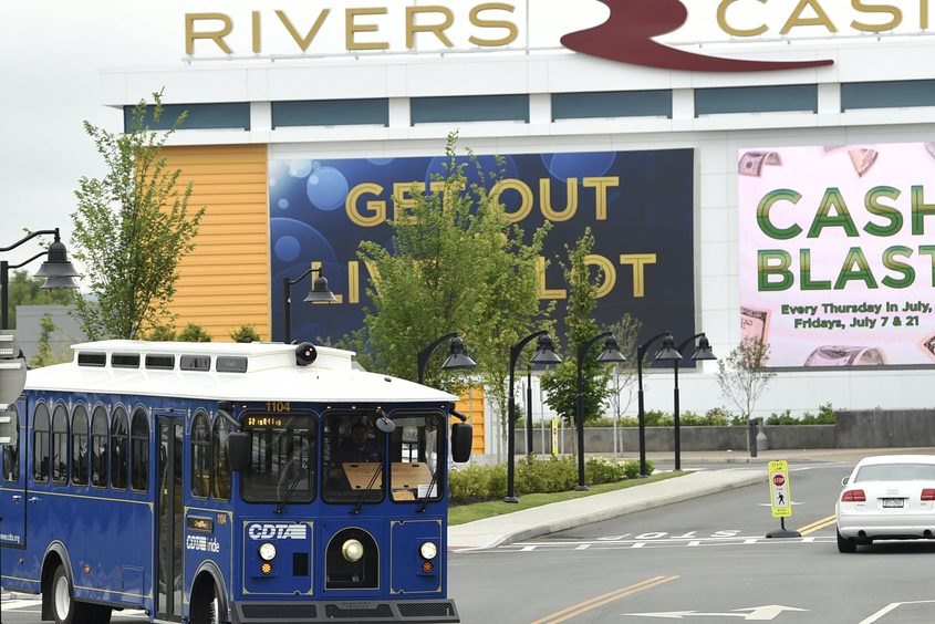 The Electric City Trolley turns in front of Rivers Casino & Resort in Schenectady in July 2017.