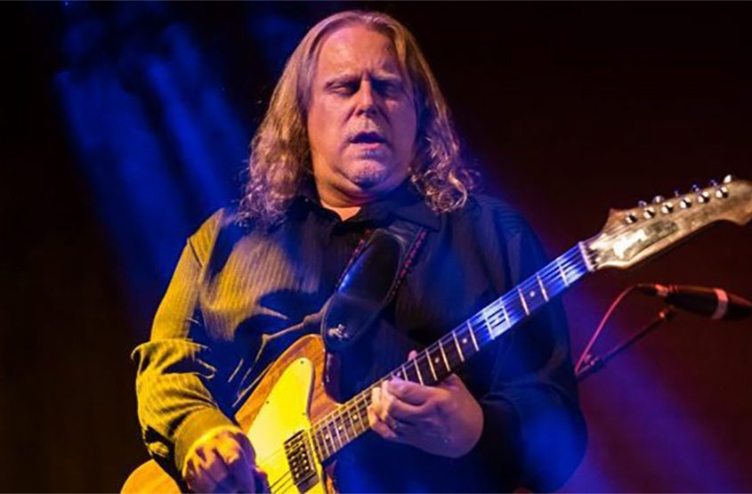 Warren Haynes and his band Gov't Mule visit the Palace Theatre in Albany tonight.