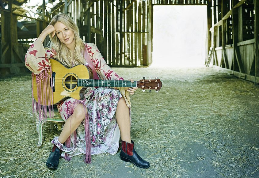 Jewel's Homemade Holiday Tour comes to the Palace Friday night.