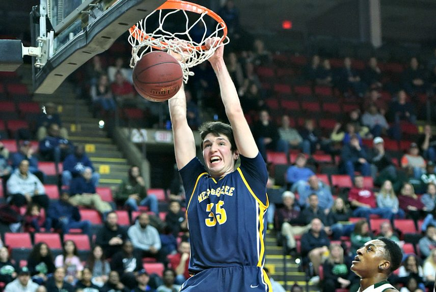 Lucas Sutherland dunks during last weekend's state championship game.
