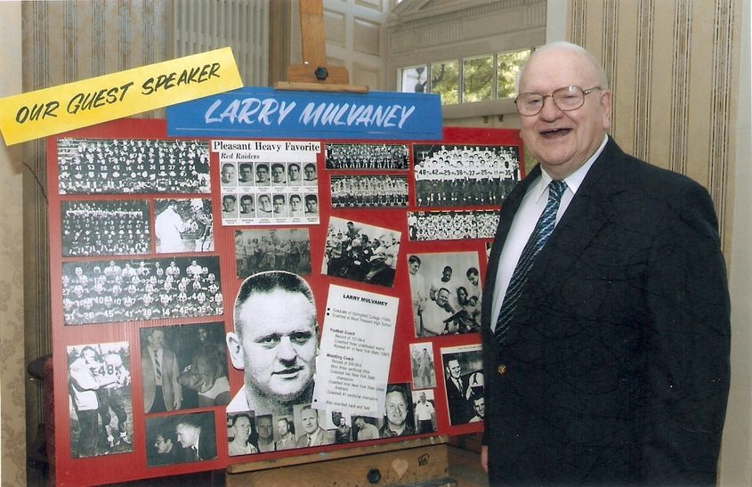 Larry Mulvaney at the 2005 Schenectady City School District Athletic Hall of Fame & Reunion Dinner.