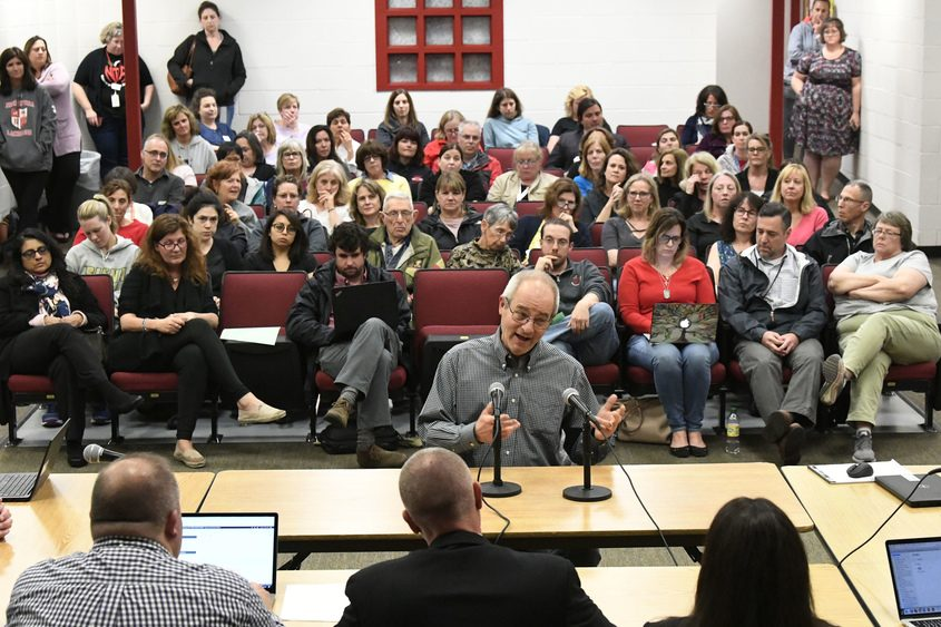 Joe Skanurski addresses the Niskayuna school board at Van Antwerp Middle School Tuesday.