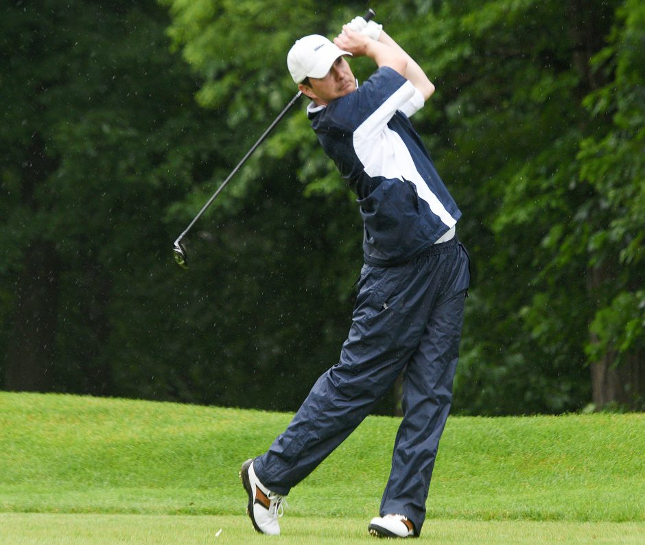 Ben Bates tees off on the 14th hole Sunday during the final round of the Schenectady Classic.