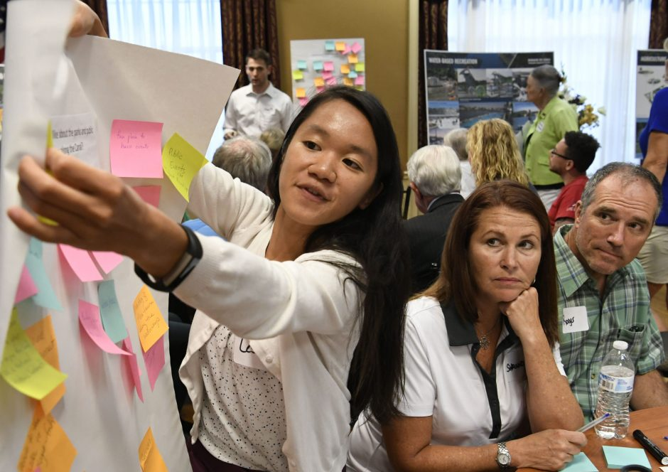 Leslie Green leads a discussion group about improving the Erie Canal in the Van Curler Room at Schenectady SCCC Thursday.