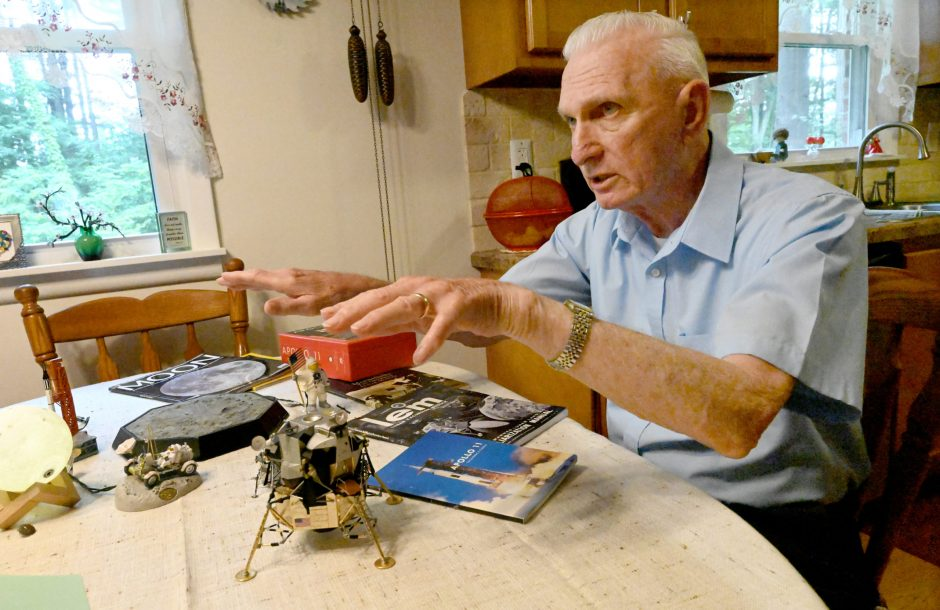 Milton Dickfoss, who contributed to the Apollo program a new resistance soldering technique for the LM window heater.