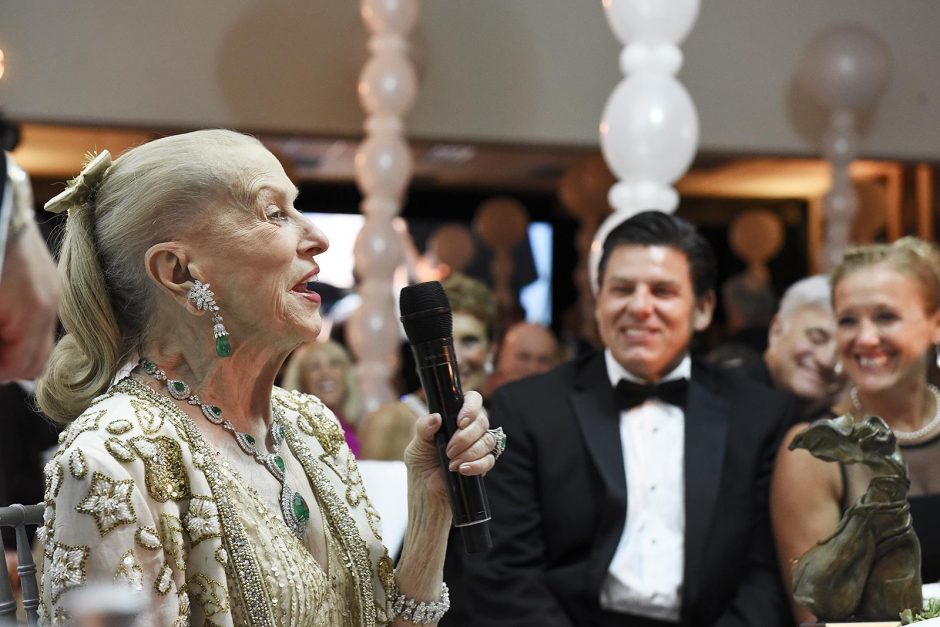 Marylou Whitney speaks after receiving her award during the 30th National Museum of Dance Pearl Gala, August 12, 2017.