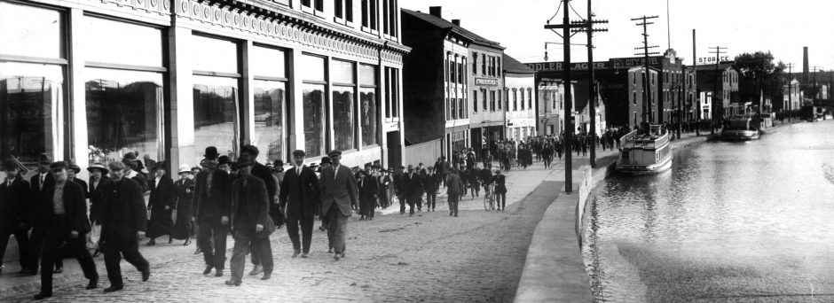 People are seen walking toward State Street from the General Electric Co. in the early 1920s.