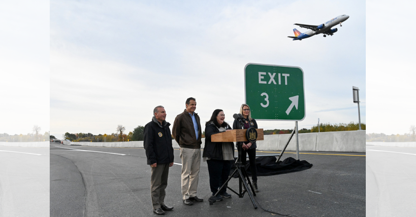 New York State Governor Andrew M. Cuomo officially opened the Exit 3 southbound ramp Sunday