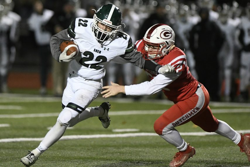Shenendehowa senior Billy Beach ran for two touchdowns in his teams' 35-7 Super Bowl win.