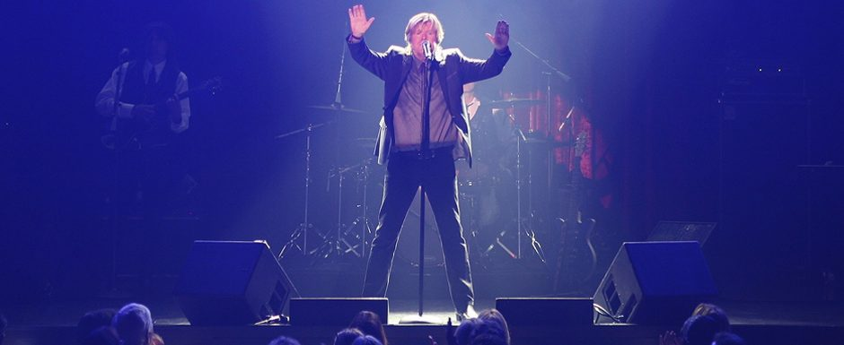 Herman's Hermits lead singer Peter Noone, an original band member of the sixties British Invasion group, is shown.