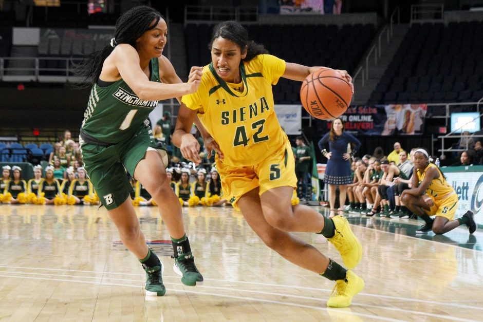 Sabrina Piper scored 15 points in Siena's loss to Harvard on Tuesday.