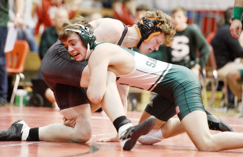 Schalmont's Nick Noble takes on Mohonasen's Spencer Pease in the 152-pound weight class in Saturday's Schenectady County Duals.