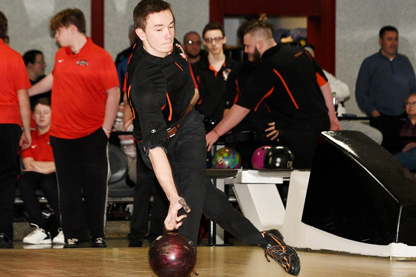 Mohonasen's Josh Ross posted the second-highest single and triple at Friday's Schenectady New Year's Invitational.