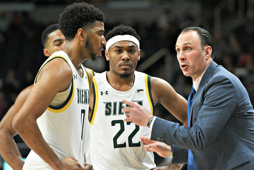 Siena finished 20-10 in 2019-20.