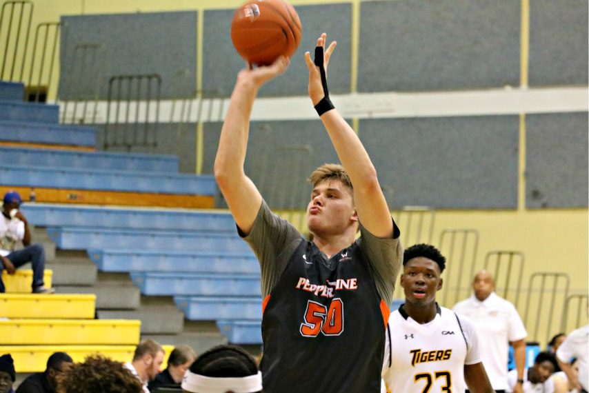 Jackson Stormo has committed to the Siena men's basketball program.