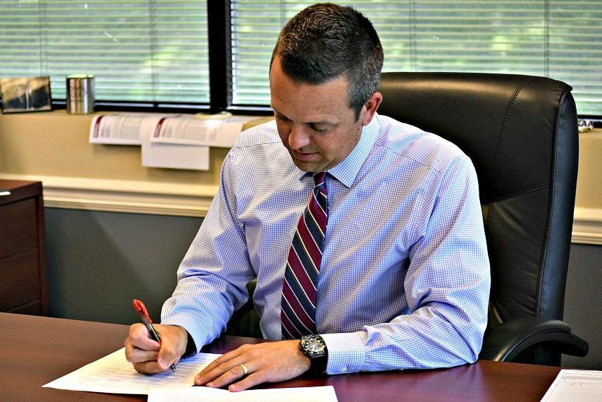 NYSPHSAA Executive Director Robert Zayas