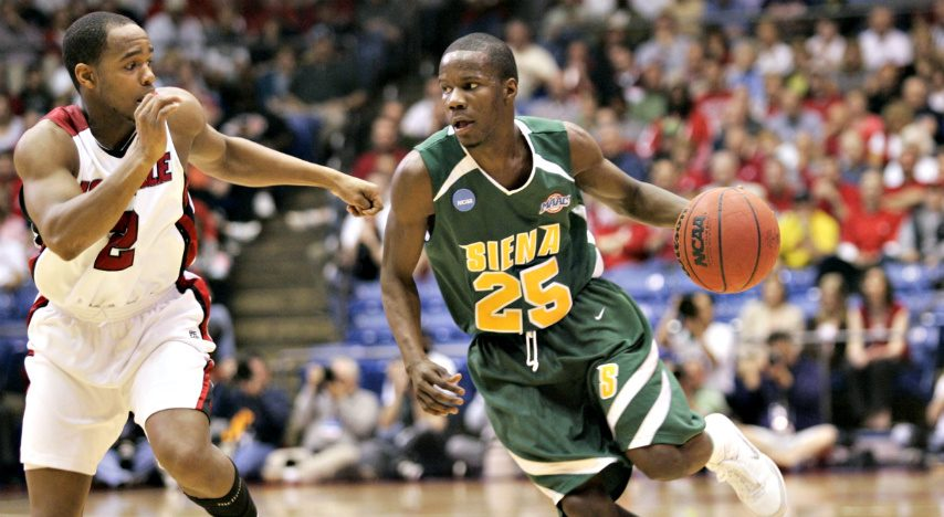 Former Siena guard Ronald Moore has joined the Fort Wayne Champs for this year's edition of The Basketball Tournament.