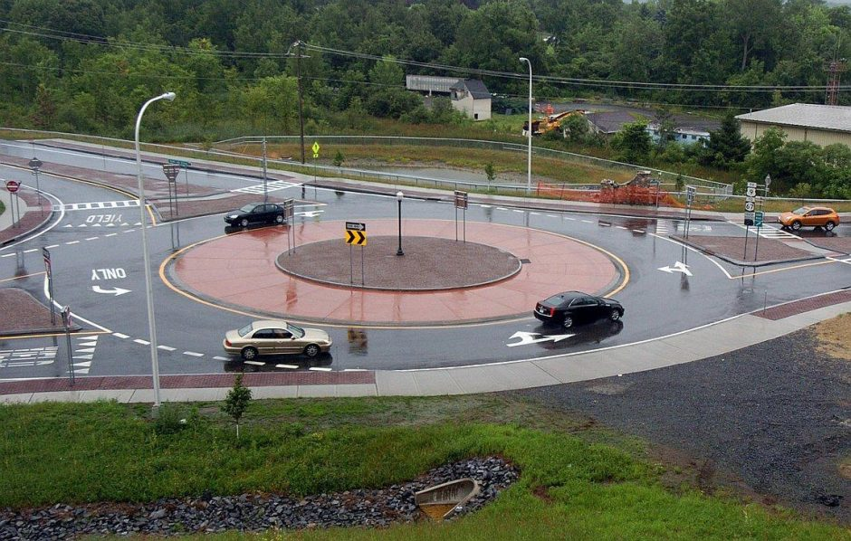 A roundabout in Saratoga County.