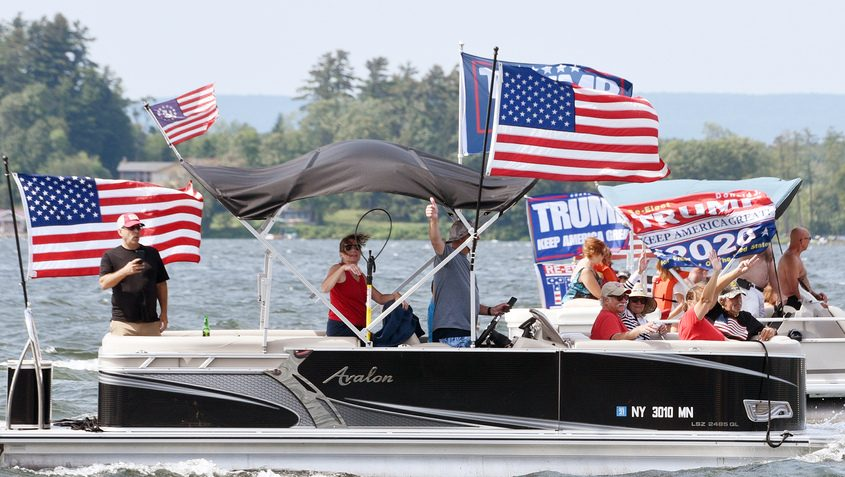 090720_TrumpFlotilla_EM-22.jpg