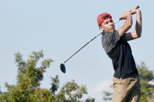 ERICA MILLER/STAFF PHOTOGRAPHER Schalmont's Tyler Pepicelli tees off on the first hole during the Sabres' Colonial Council golf match against Monohasen/Schenectady on Tuesday at Orchard Creek Golf Club.