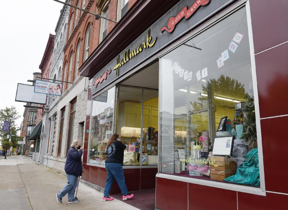 Thomas' Hallmark Shop on East Main Street in Johnstown is closing its doors after 38 years in business. Customers are shown entering the store on Sept. 29. (Erica Miller/Staff Photographer)